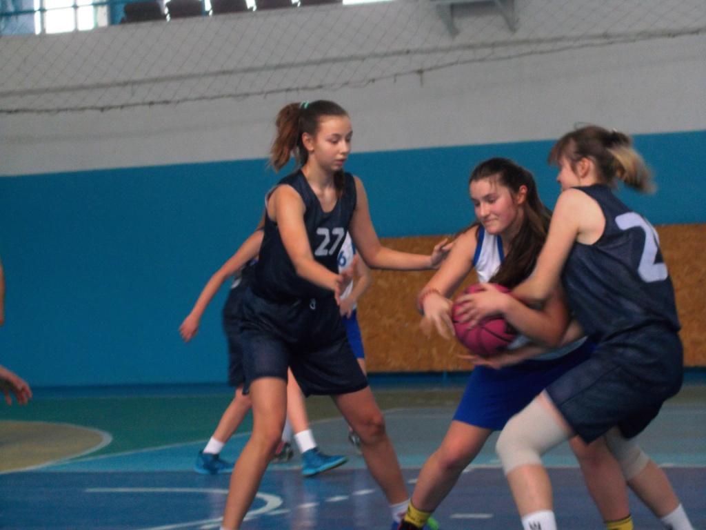 Голопристанські дівчата взяли участь у черговому турі юнацької баскетбольної ліги