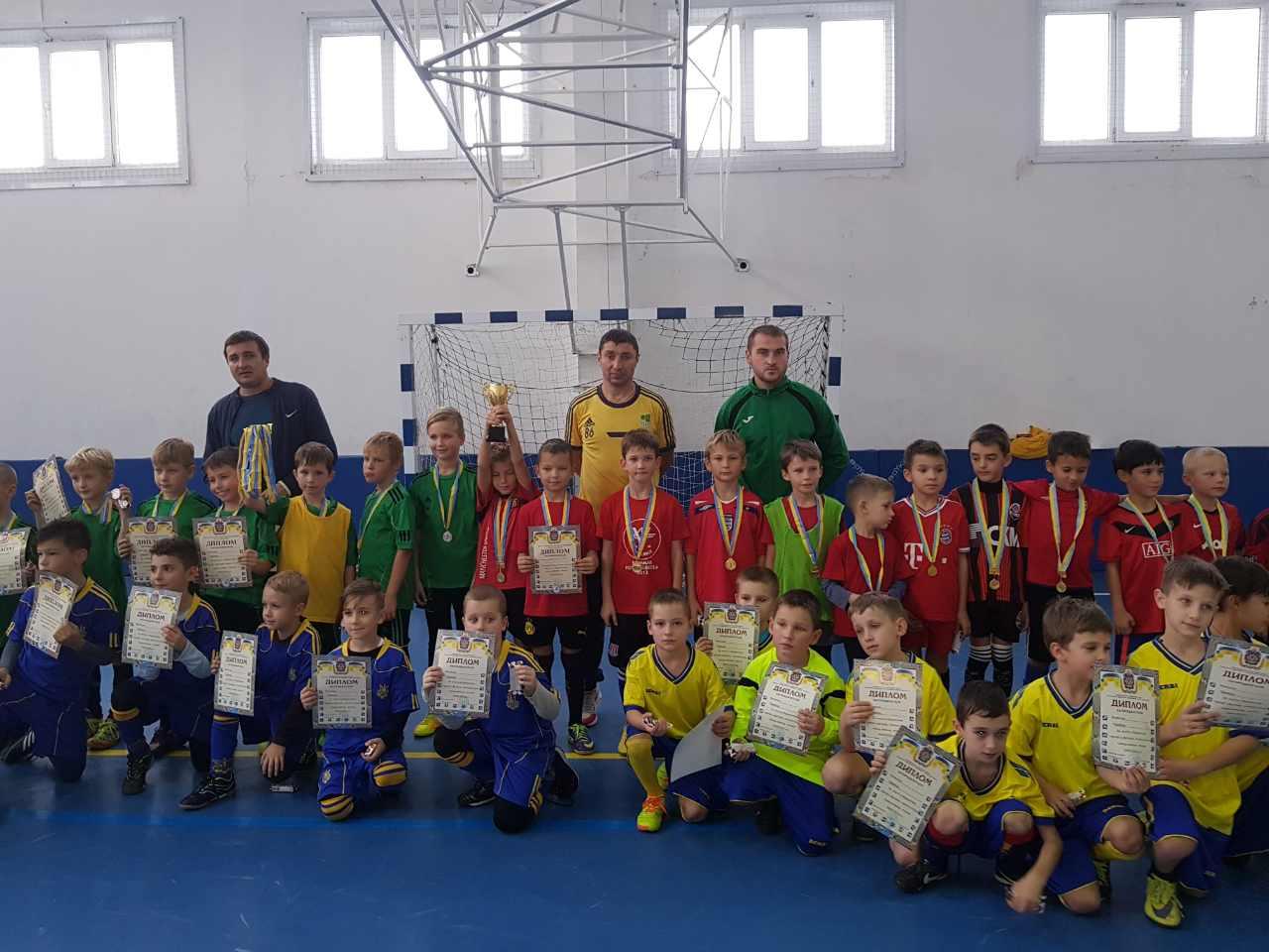 У Голій Пристані відбувся відкритий турнір з футзалу