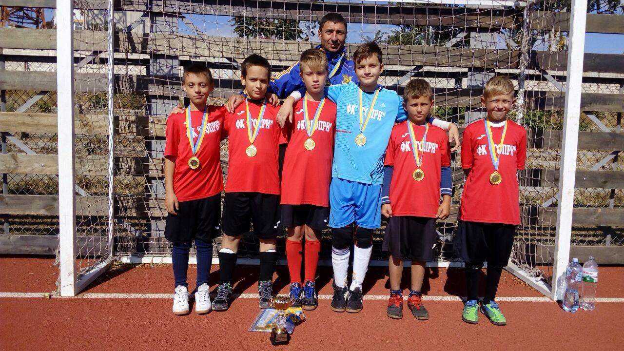 Голопристанські хлопчаки виграли відкритий чемпіонат Херсону з футболу серед школярів 2007 року народження